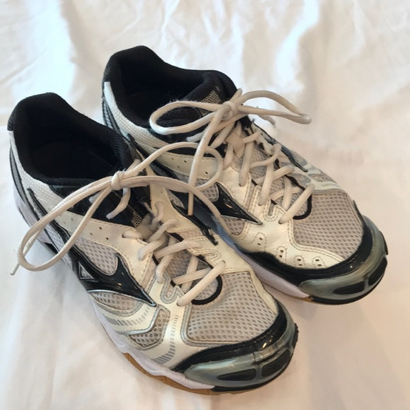mizuno shoes size 39 for ladies victoria